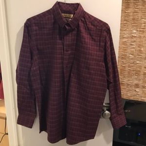 Roundtree & Yorke Gold Label Button Down Shirt